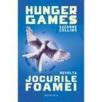 Jocurile Foamei: Revolta (Trilogia Jocurile foamei, partea a III-a, paperback) - Suzanne Collins