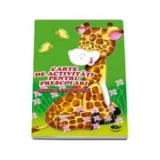 Girafa curioasa