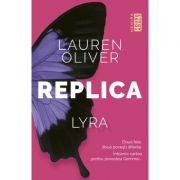 Replica (paperback) - Lauren Oliver