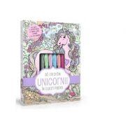 Sa coloram unicorni in culori pastel (4 carioci pastel, 2 tuburi de lipici cu sclipici)