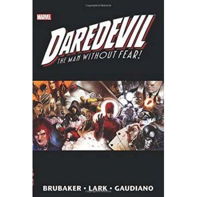 Daredevil By Ed Brubaker & Michael Lark Omnibus Vol. 2 - Ed Brubaker, Greg Rucka, Ande Parks