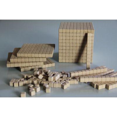 Set de cuburi in baza 10, cu latura de 1cm - 121 piese