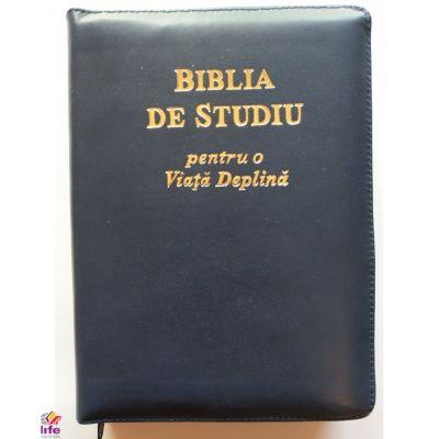 Biblia de studiu pentru o viata deplina. Coperta din piele de culoare bleumarin, cu fermoar si index, LPI007