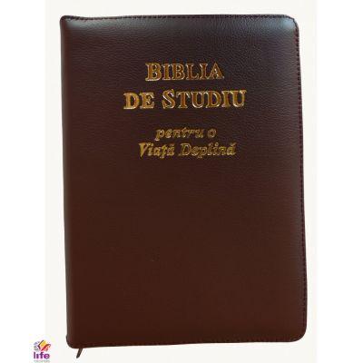 Biblia de studiu pentru o viata deplina. Coperta din piele de culoare maro, fermoar si index, LPI132